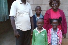 Pst-peter-his-wife-christine-and-children
