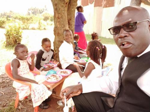VVMI Kenya Fellowship w/Pastor